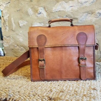 Our Old School Leather Satchel is ideal either for college or work!