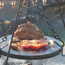 Kadai Stone Griddle with hanging Chains